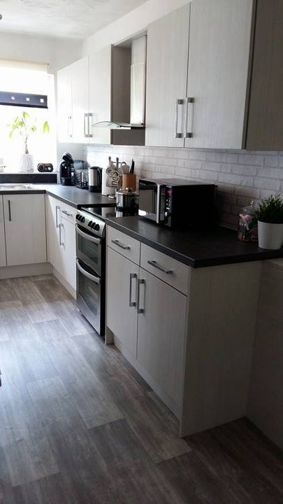 Fitted Kitchen Blackpool Lancashire; Kitchen Fitter Hasienda White ...